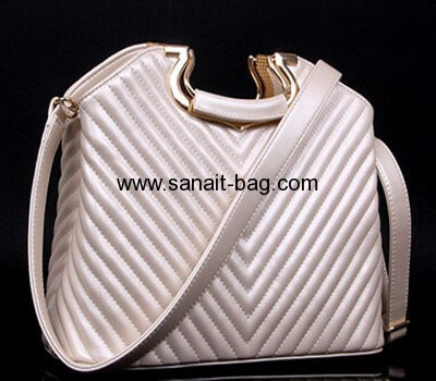 Women fashion sew-in lines PU V-shape tote bag WT-027