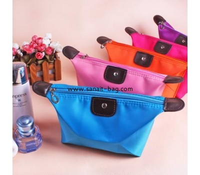 latest fashion design nylon cosmetic bag CO-006