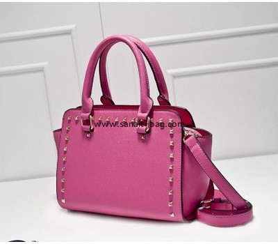 Ladies 2015 new fashion portable shoulder bag with rivet decoration WT-151