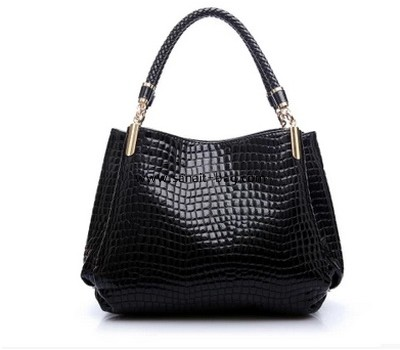 Black PU leather single shoulder strap messenger bag for womens WM-053